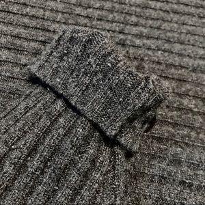 Ribbed Cashmere turtleneck
